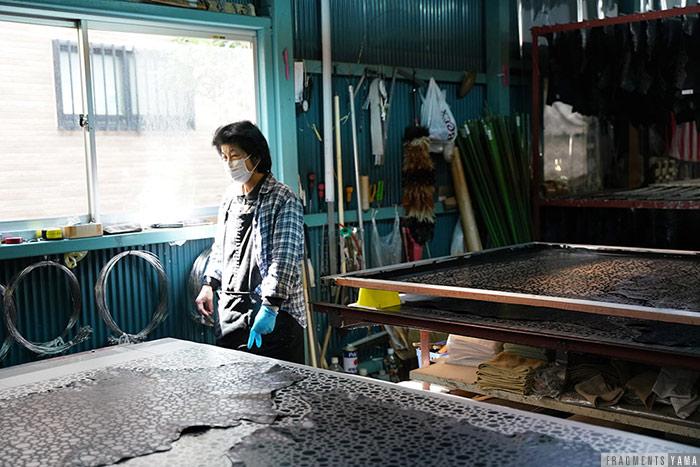 皮革染色工場